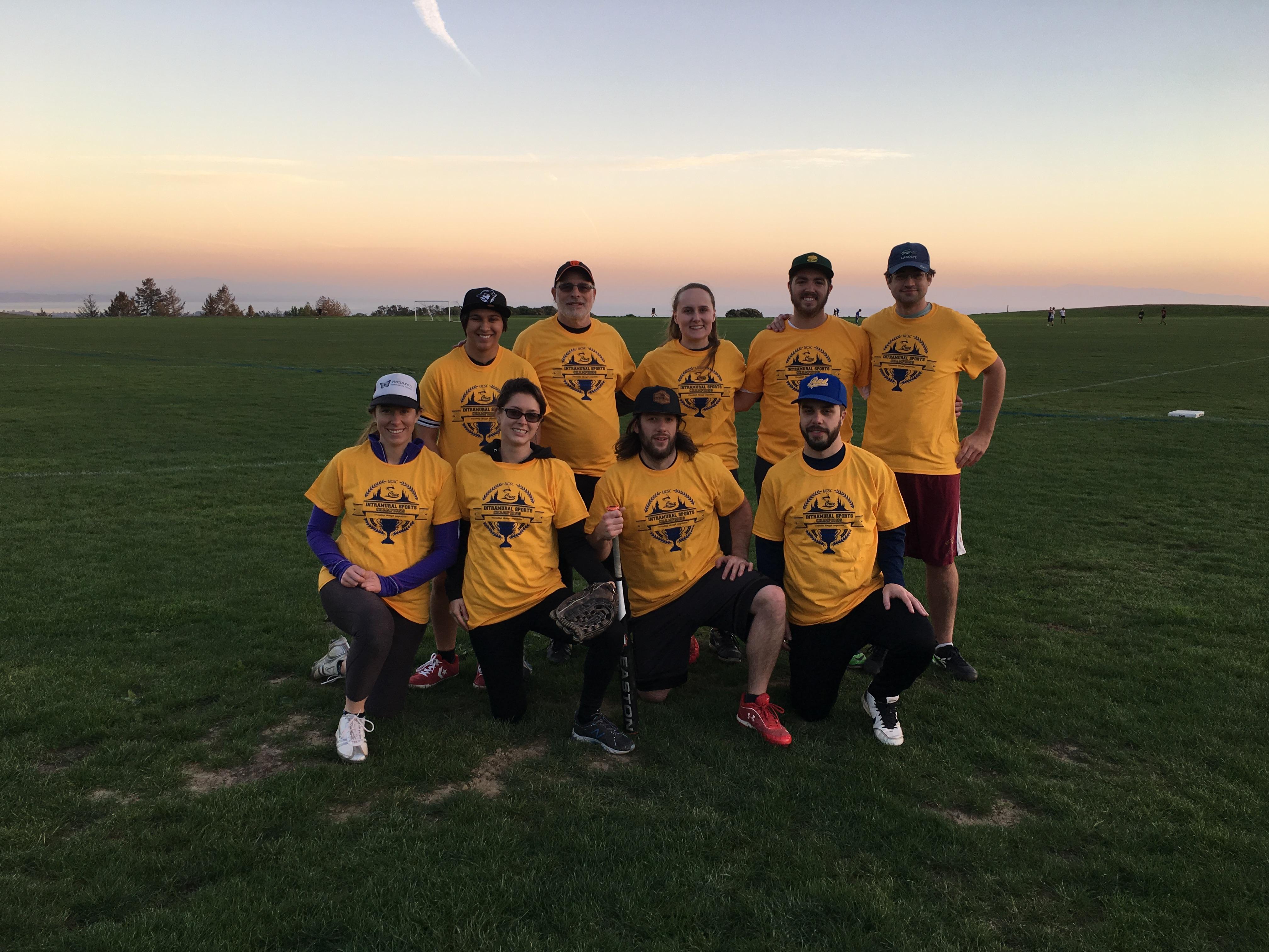 Fall 2016 Coed Softball Team